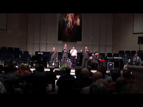 I Go To The Rock - Kingdom Heirs [LIVE] (ft. Jonathan Kemp)