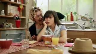Mère et fille  La sortie de classe - Disney Channel