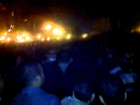 egyptian police open gas and fire on people in tahrir 21-11-2011