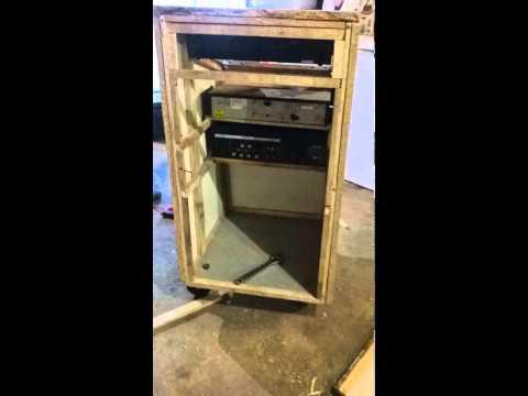 voici comment j 39 ai fabriquer ma propre r gie de son et lumiere youtube. Black Bedroom Furniture Sets. Home Design Ideas