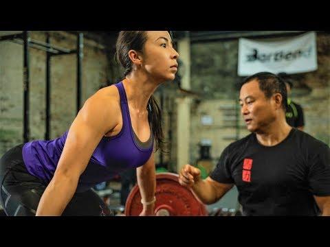 AMAZING CHINESE WEIGHTLIFTING TRAINING