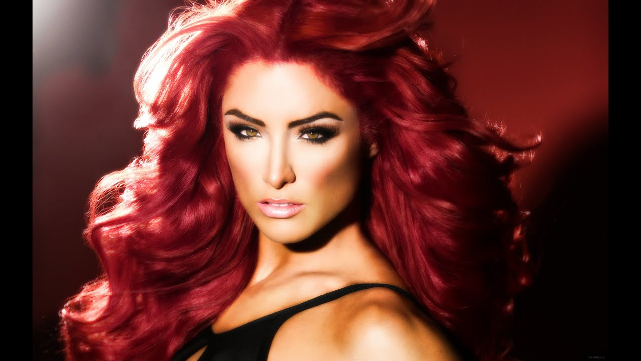 Top 20 Most Beautiful WWE Divas 2014