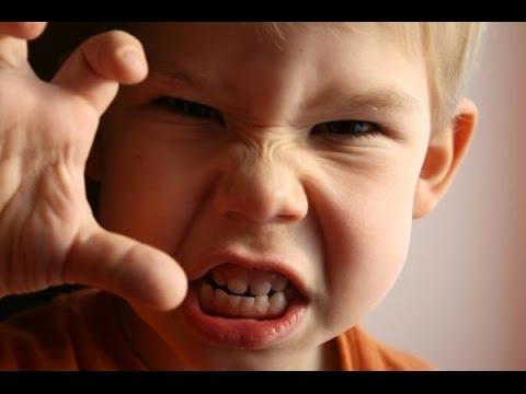cÓmo-hablar-con-un-niÑo-enfadado