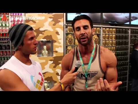 FIBO 2013 Interview mit Scitec Nutrition Fitnessmodel Joey Donnelly