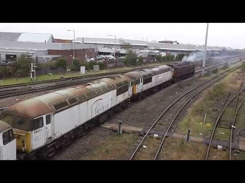 Class 56s arrive at Leicester Depot 03/12/13