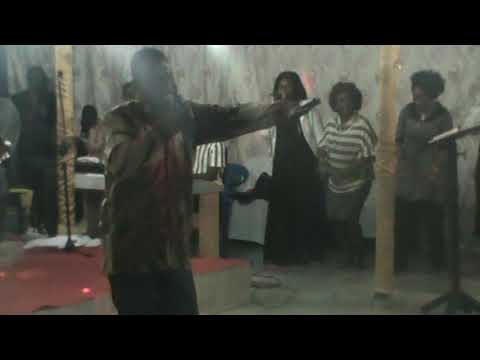 HOW TO PRAISE GOD THE AFRICAN WAY