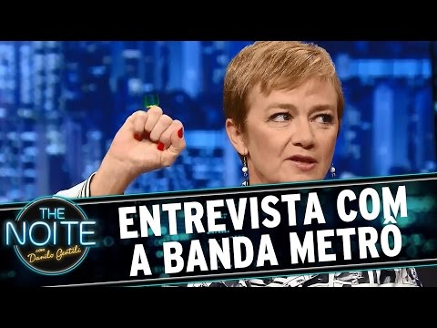 The Noite (24/08/15) - Entrevista Com A Banda Metrô