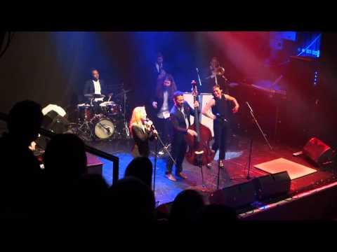 Scott Bradlee & Post Modern Jukebox - All About That Bass (Live)