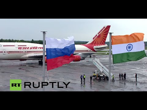 LIVE: Prime minister of India Narendra Modi arrives in Ufa