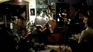 2012/2/12 馬車道 King's Bar にて スウィングパピヨン JAZZ LIVE オー...