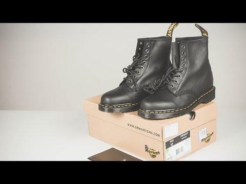 Mở hộp on feet giày Dr Martens 1460 black