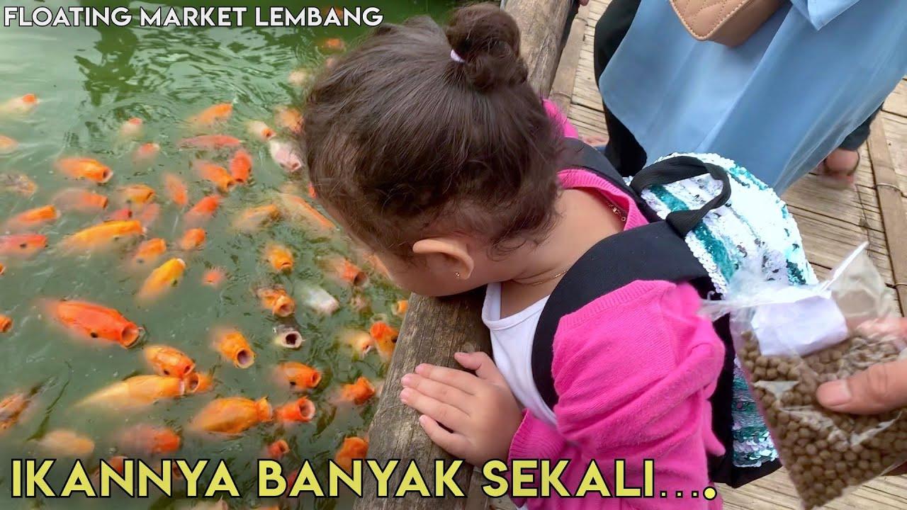 MEMBERI MAKAN IKAN DI FLOATING MARKET LEMBANG BANDUNG ...