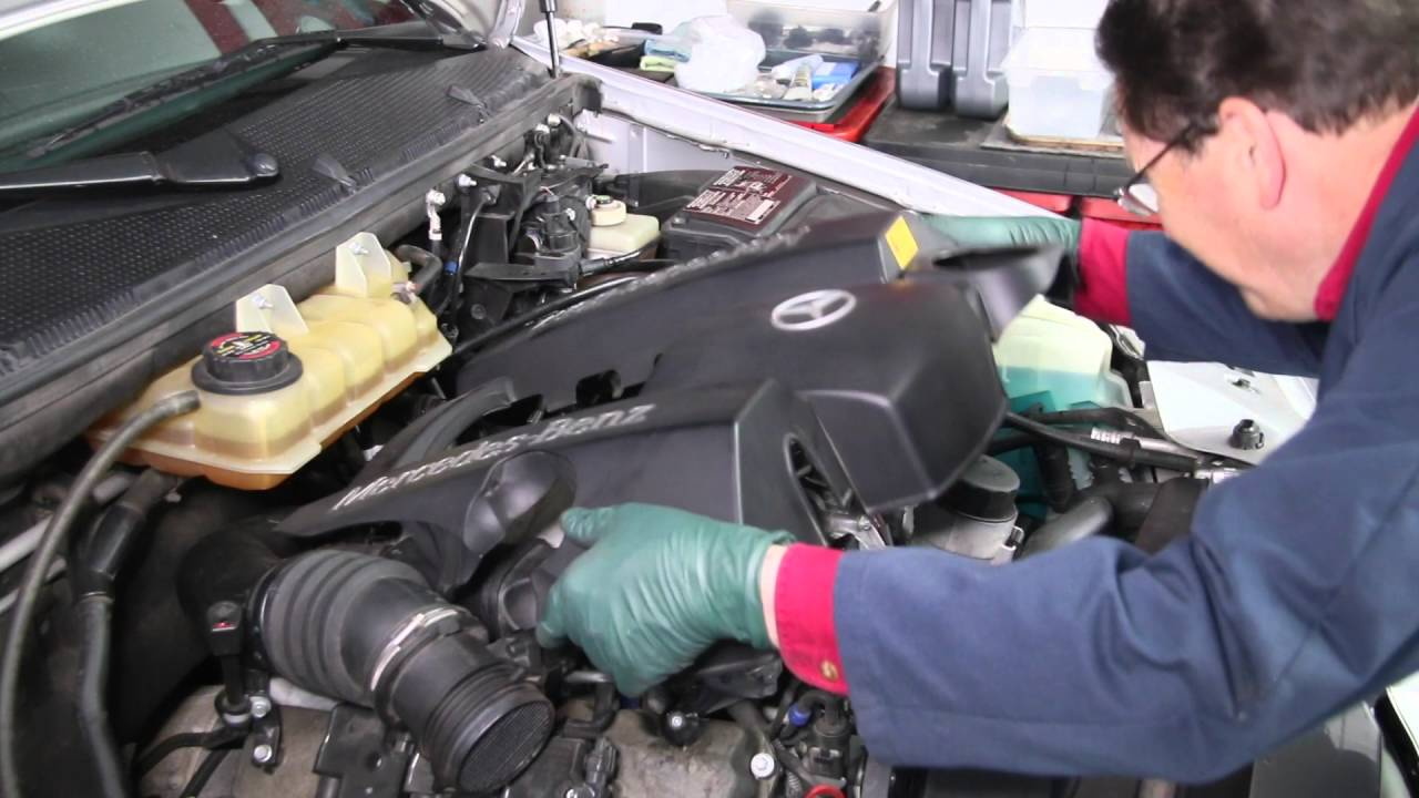 mercedes ml class w163 easy repair series plastic engine cover rh youtube com Mercedes W163 Accessories Mercedes W163 Accessories