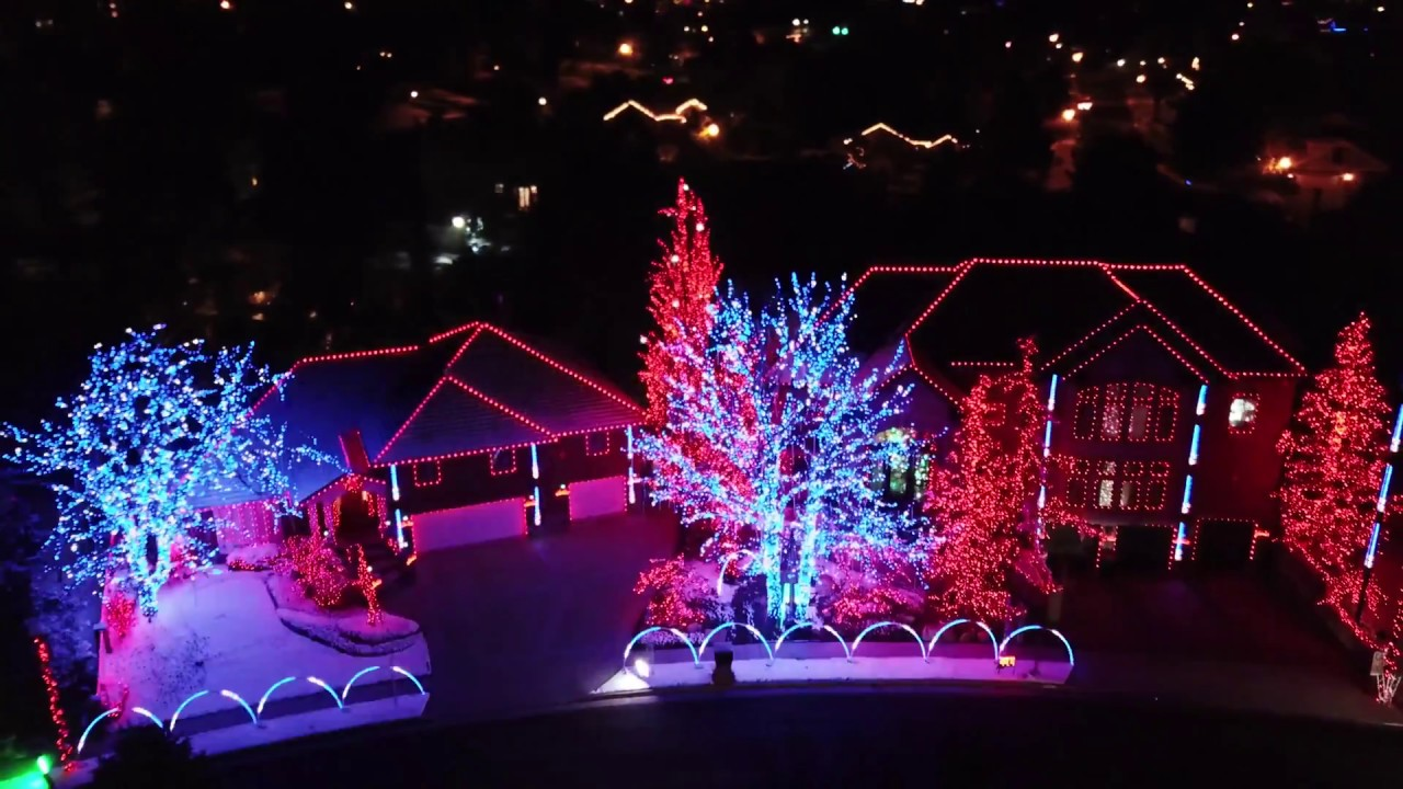 Best Christmas Lights Show with Music (4K Drone Video) - YouTube