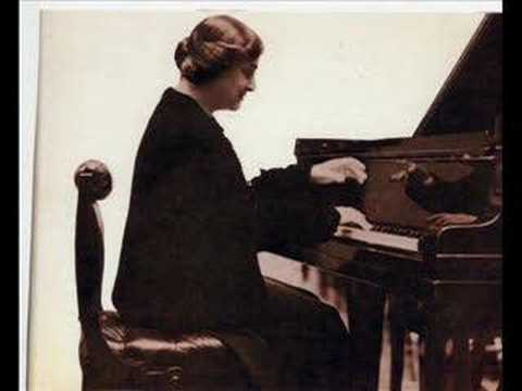Myra Hess Plays Jesu,Joy of Man's Desiring and Scarlatti