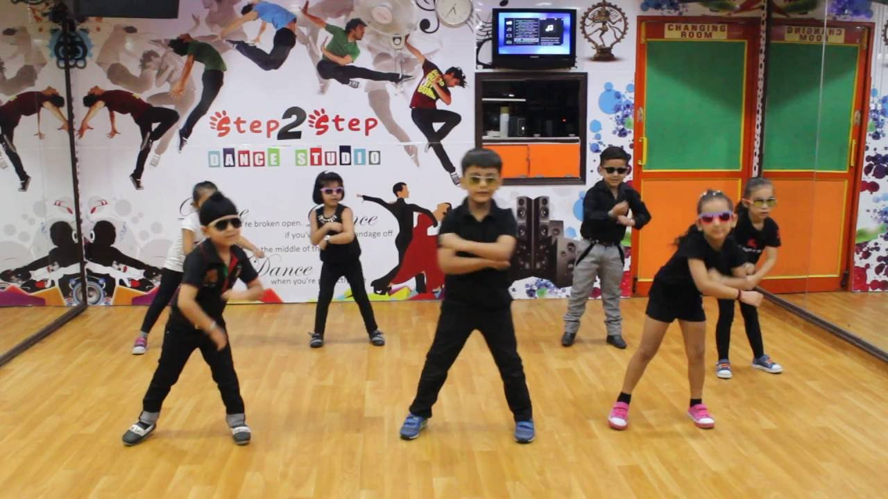 Kala Chashma Kids Dance Baar Baar Dekho Youtube