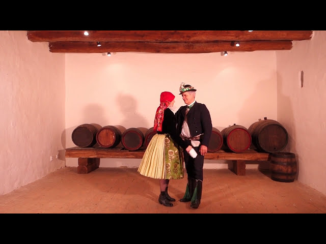 SLPT Žerotín - Párový tanec danaj ze Strážnice - starosvětský