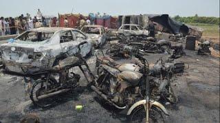 Más de cien muertos calcinados enlutan el fin del Ramadán en Pakistán