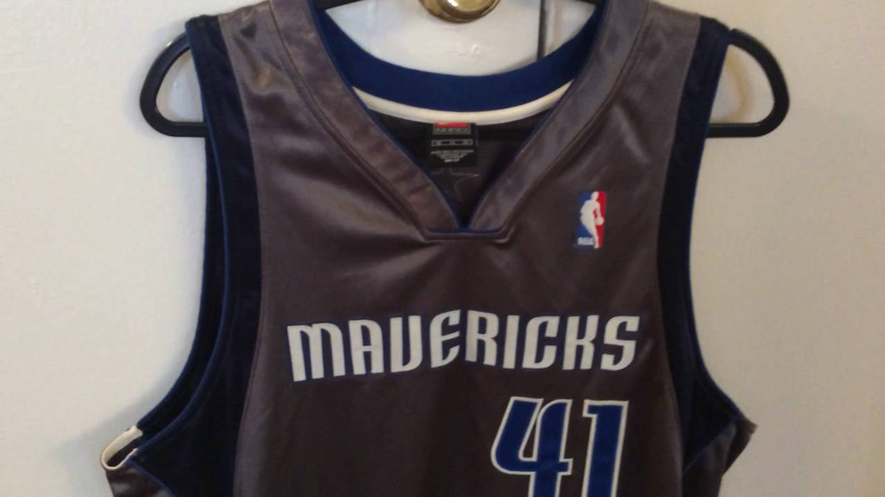 low priced 23374 561d5 How the worst NBA jersey ever became a rare collector's item ...
