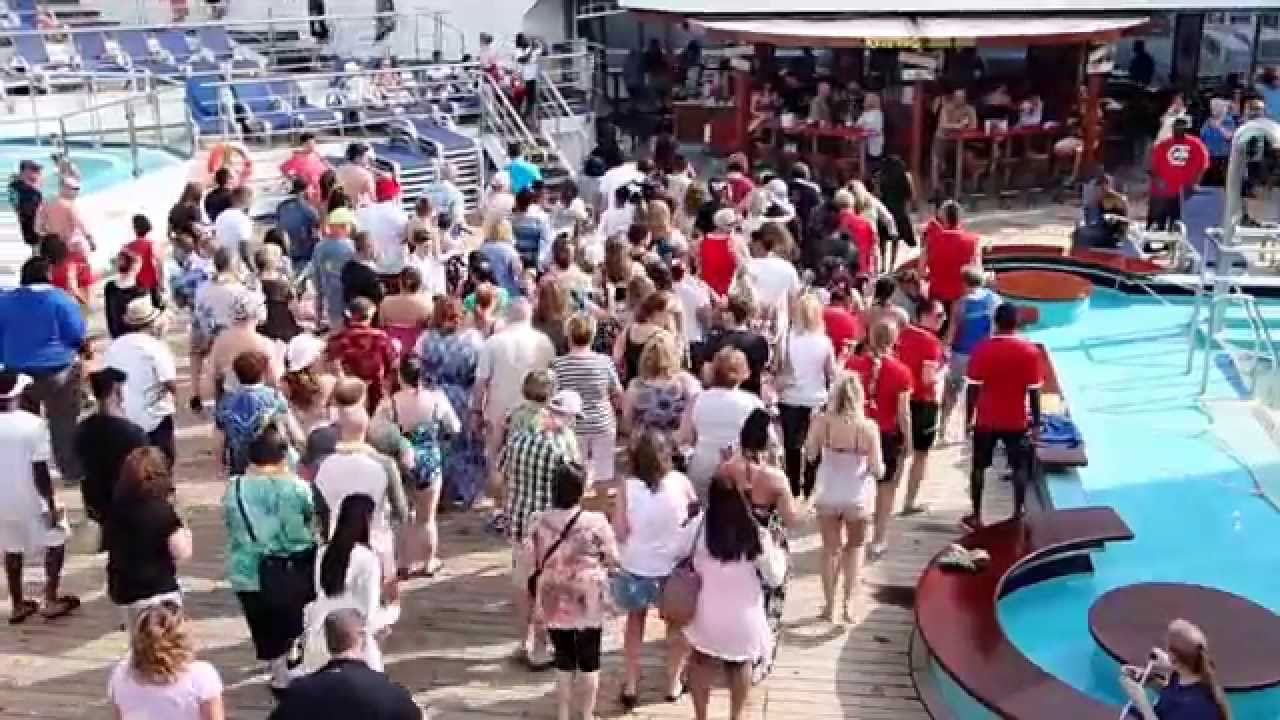 Carnival Glory Sail Away 4/25/15, and Horn battle with ...