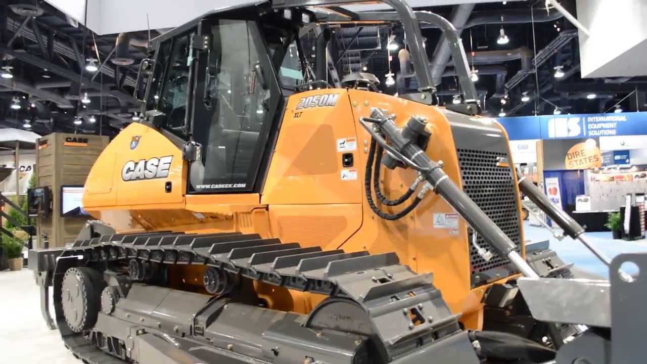 New Case Bulldozers 73