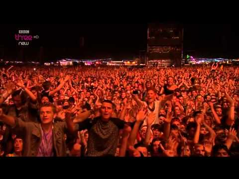 Arctic Monkeys - Snap Out Of It Live Reading & Leeds Festival 2014 HD