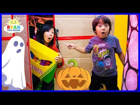 Ryan's Giant Crayons Lost in Halloween Box Fort Maze + Learn Colors!!!