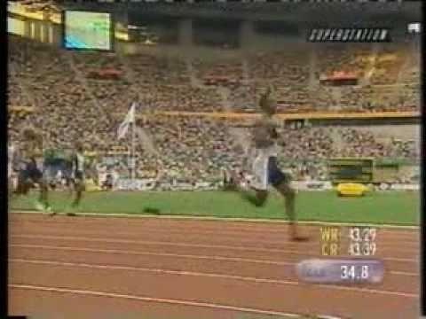 Michael Johnson 5 World Records - 4x400m (2:55.74, 2:54.29), 200m (19.66, 19.32), 400m (43.18)