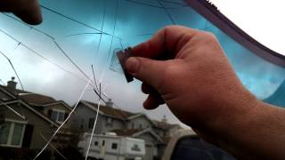 How to Remove Rear View Mirror Glue From A Windshield