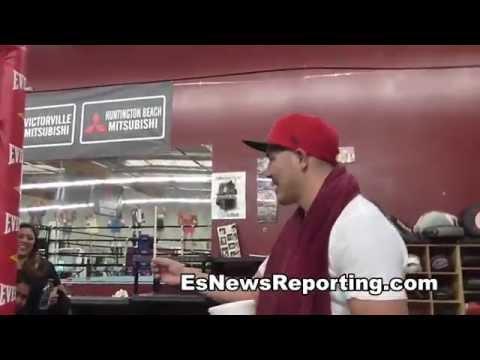 brandon rios faces off with a oxnard cobra - EsNews boxing