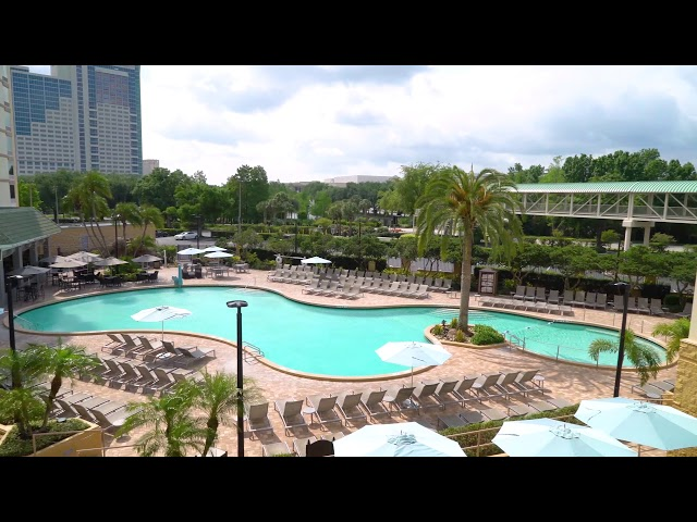 Rosen Plaza Pool Deck