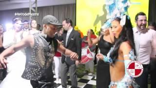 Show de carnaval com bateria escola de samba e passista no Hotel Tivolli Mofarrej