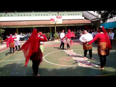 PEMENTASAN SENI BUDAYA - TARI TRADISIONAL (XI AP 2) SMKN 21 JAKARTA 9/10/2014