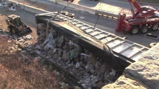 Overturned garbage truck blocks SB US 1 near Longwood
