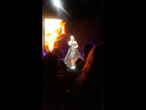 Kelly Clarkson - Mansfield Ma 7/12/15