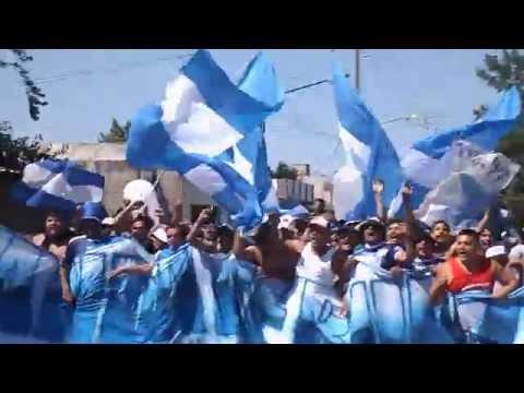 San Martin de Burzaco campeón 2014 - Caravana de una de las hinchadas - HD