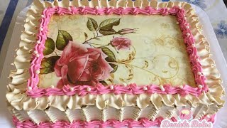 Confeitando bolo floral com bico 402 Wilton