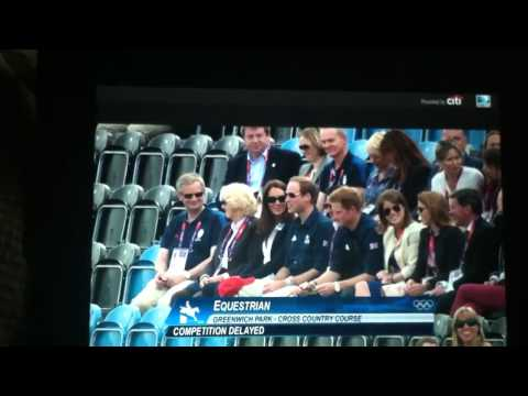 Royal family cheers on Zara Phillips Olympics equestrian cross country