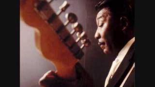 MUDDY WATERS -- BIG LEGGED WOMAN.