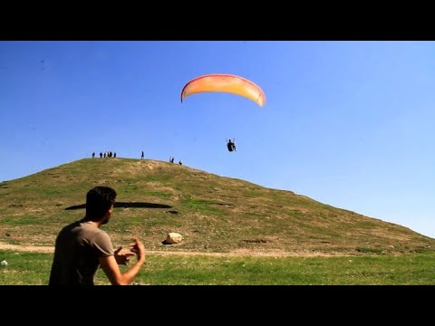 In Mosul post-IS, paragliders take to the skies again