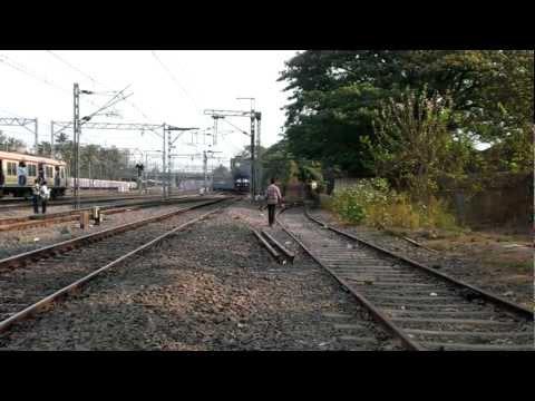22452 Chandigarh-Mumbai BandraT SF Express