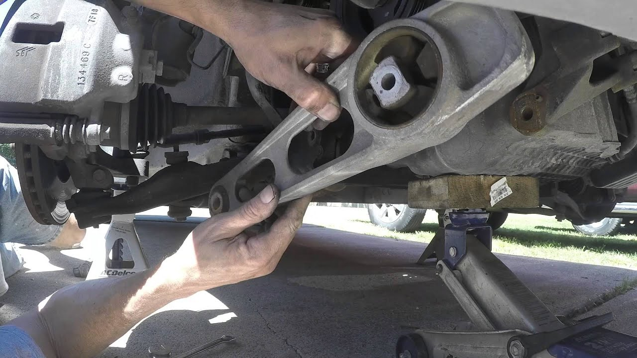 medium resolution of replacement of front motor mounts 2008 chrysler pt cruiser 2 4l non turbo