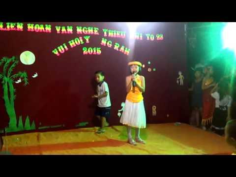 Trung thu 2015 Ap huong phuoc to 23 Len chua be mot canh sen