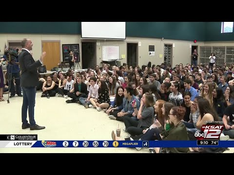 WATCH: Reagan High School selected to participate in 2019 Macy's Thanksgiving Parade