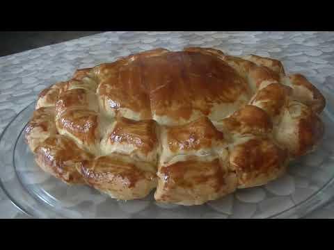 je-teste-une-recette-de-bon-ap'---pâte-feuilletée---knacki---camembert
