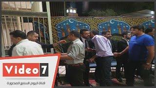 بالفيديو.. سامو زين يتلقى عزاء والده بالحامدية الشاذلية وسط غياب نجوم الفن