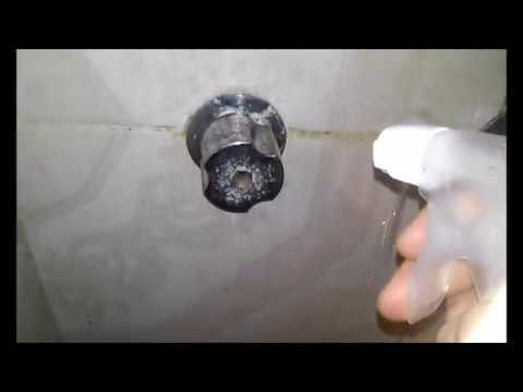 Como quitar sarro y oxido del ba o youtube for Como quitar el sarro del piso del bano