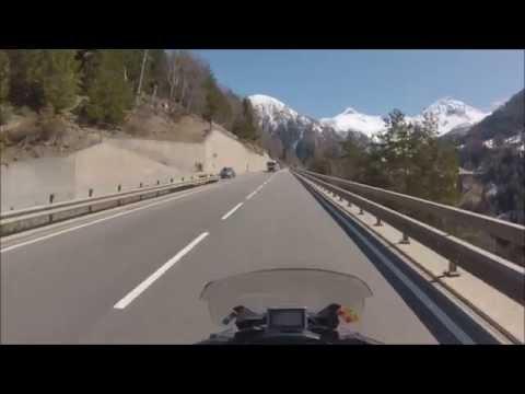 Col du Simplon à moto - La montée versant suisse