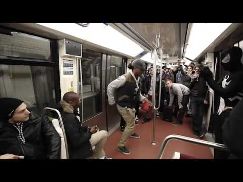 SpiderMan Dance hip hop metro My BIRHADAY IN THE SUBWAY IN PARIS 12.12.12