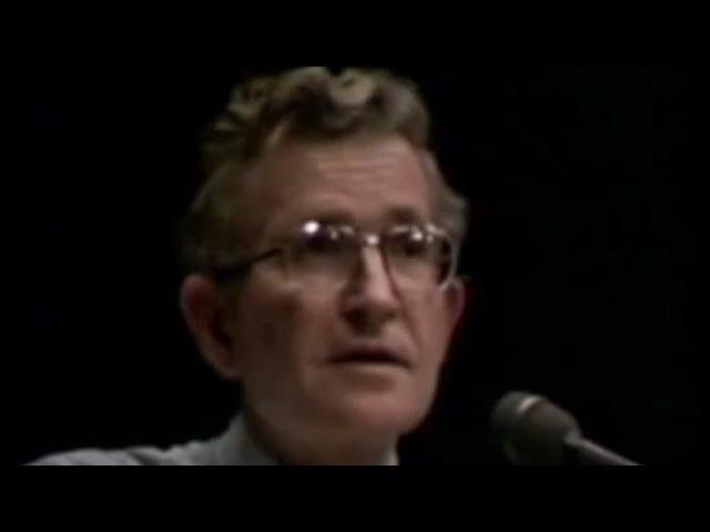 Noam Chomsky - Objectivity